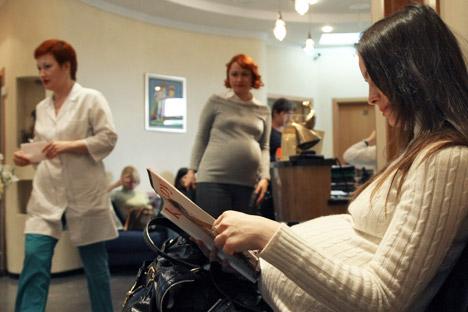 Mortalidade materna mundial também sofreu queda de quase 50% em 10 anos Foto: Kommersant