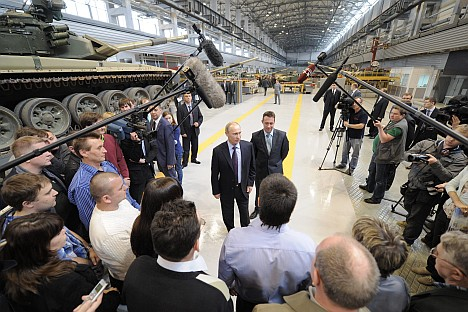 Russia's President Vladimir Putin paying a visit to the Uralvagonzavod factory during his trip to the Sverdlovsk Region. Source: ITAR-TASS