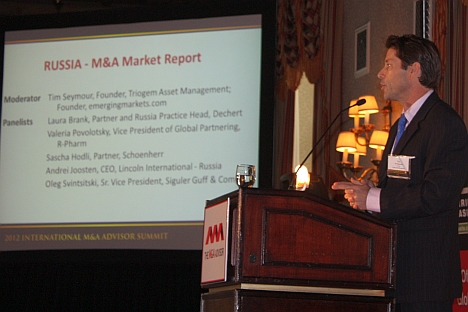 Tim Seymour, founder and managing partner of Triogem Asset Management and founder of EmergingMoney.com, taking the floor at the first International M&A Advisor Summit in New York. Source: Press Photo