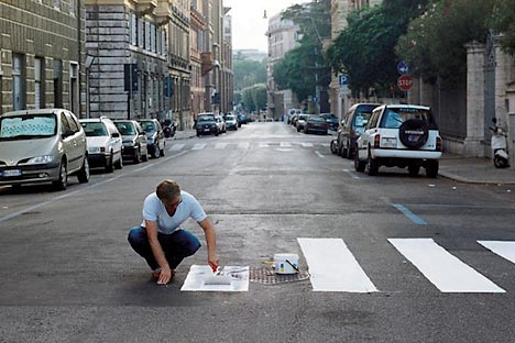 When there are not enough zebra crossing, it's the time to paint them. Source: Didier Courbot.