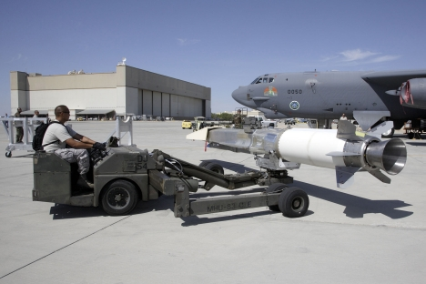 The X-51A WaveRider hypersonic flight test vehicle being loaded to an Air Force Flight Test Center B-52 Stratofortress at Edwards Air Force Base, California for fit testing. Source: AFP / East-News