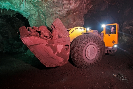 Rock sounds: Powerful machines excavate the ore at the Taymyrsky mine. There is little manual labour. Source: Press Photo