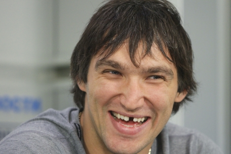 "Alexander Ovechkin: ""I love Twitter. I think it's the best way for people in the public eye to create personal pages. Every fan should see what his idol does. Ordinary people can write and find out what's going on."" Source: RIA Novosti / Alexander Na"