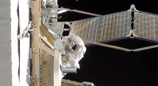 Japan Aerospace Exploration Agency astronaut Aki Hoshide, Expedition 33 flight engineer, participates in a session of extravehicular activity (EVA) outside the International Space Station. Source: NASA