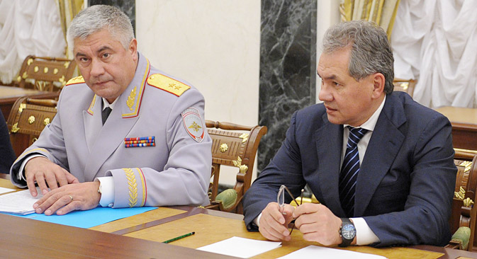Minister of Internal Affairs Vladimir Kolokoltsev and new defense minister Sergei Shoigu, right. Source: ITAR-TASS.