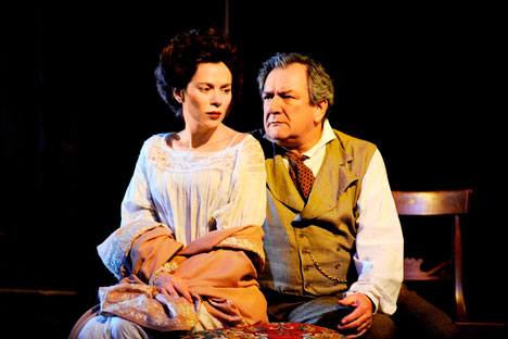 Anna Friel (Yelena) and Ken Stott (Uncle Vanya). Source: Nobby Clark