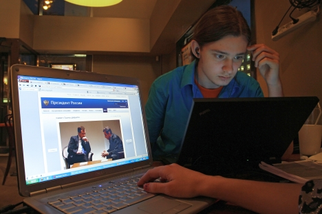 Internet revolution in Russia. Source: RIA Novosti / Andrey Rudakov
