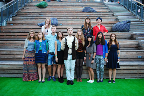 Roundelay: Ten amazing girls from Samara, led by pianist Dmitry Kolevaty. Source: Press Photo.