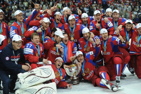 The Russian national hockey team after its victory in the world hockey championship in Helsinki, Finland. Source: ITAR-TASS