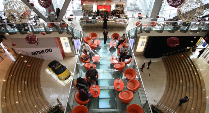 The Evropeisky shopping center in central Moscow is the world's busiest shopping center in terms of customer traffic. Source: RIA Novosti / Maria Alexeeva