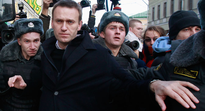 Once again, Russia's anti-corruption campaigner Alexei Navalny is faced with criminal charges of embezzlement and laundering. Source: Reuters / Vostock Photo