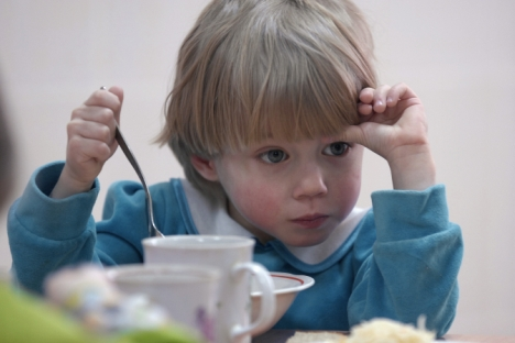 Some Russian orphans adopted by American families may go to the U.S. if courts sanctioned adoption before January 1, 2013. Source: ITAR-TASS
