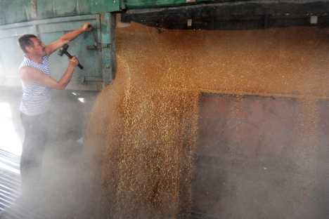 According to Russia's Ministry of Agriculture, the country ranked third globally in terms of grain exports in 2012. Source: Kommersant