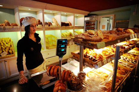Volkonsky offers monge, whole-wheat and mixed grain baguettes, as well as traditional Russian breads in French style. Source:Antonio Fragoso