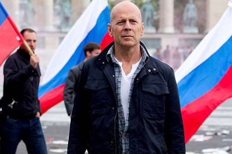 "Bruce Willis: ""I think people love John McClane because he's not a superhero."" Source: A footage from ""A Good Day to Die Hard"" / Kinopoisk.ru"
