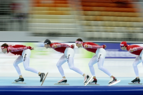 The men's team of Russia skate during their warming-up before the men's team pursuit race, at the ISU World Single Distances Speed Skating Championships 2013 in Adler-Arena in Sochi, Russia, Sunday March 24, 2013. Source: AP