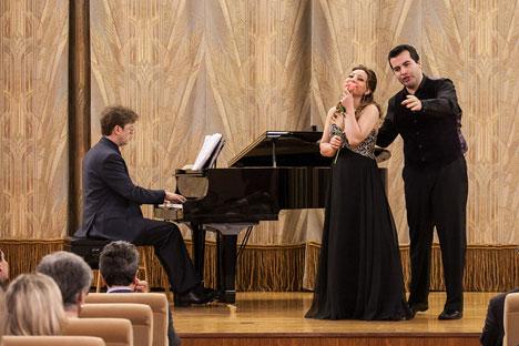 Pictured l-r: Russian pianist Artem Grishaev, Armenian soprano Nina Minasyan, and Chilean baritone Javier Arrey. Source: Shmulik Almany