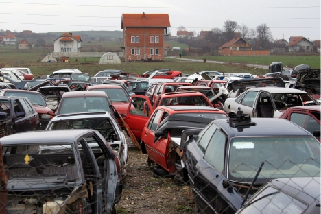 A car scrap-heap in Russia. Source: RIA Novosti / Ruslan Krivobok