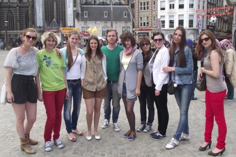 "Participants of the project ""The Great Netherlands-Russia Book 2013"" remained satisfied with the bilateral exchange between two countries. Pictured: Russian and Dutch students posing in Amsterdam. Source: Anna Eremina"