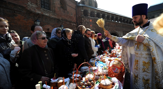 Easter is one of the most important religious holidays celebrated by Orthodox Russians. Source: AFP / East news