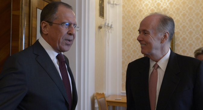 L-R: Russian Minister of Foreign Affairs Sergei Lavrov and President Obama's National Security Advisor Thomas Donilon during their meeting at the Russian Foreign Ministry Mansion. Source: RIA Novosti / Eduard Pesov