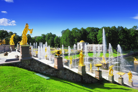 Peterhof, the magnificent land of fountains in St Petersburg's suburbs