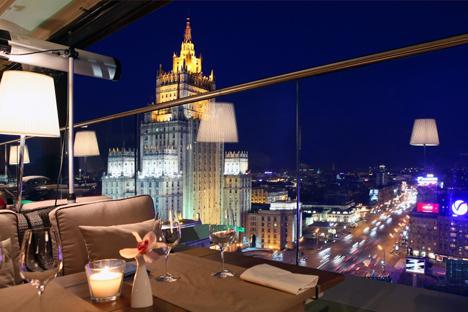 "Vista para Moscou do restaurante ""White Rabbit"" Foto: PressPhoto"