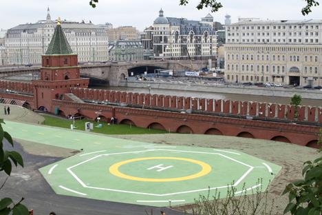 L'héliport N°1, installé sur le territoire du Kremlin de Moscou, peut accueillir les giravions de différentes classes à n'importe quel moment de l'année. Crédit photo : AP