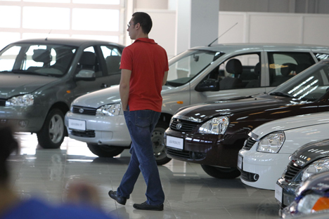 While Russia has agreed in principle that the recycling fee should be equal for domestic auto manufacturers and importers, implementation will take time. Source: Viktor Vasenin / Rossiyskaya Gazeta