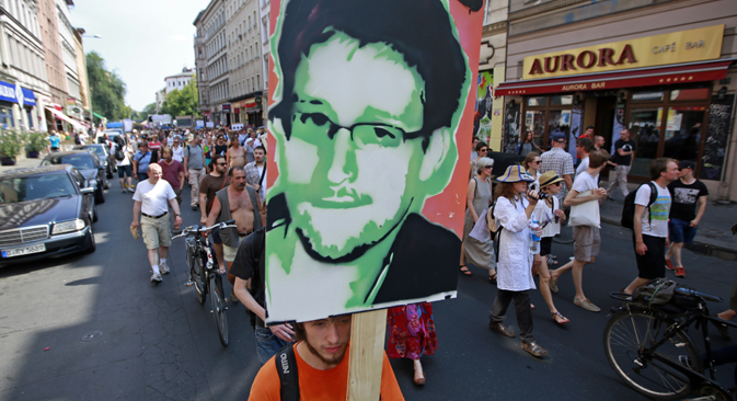 Entrepreneurs apply to patent Snowden's image. Source: Reuters