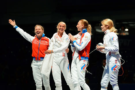 The success of the Russian fencing team at the World Championships gives reason to hope for a shower of gold medals at the 2016 Summer Olympics in Brazil. Source: AFP / East News