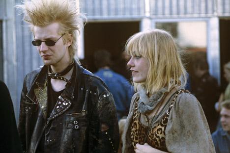Le punk constituait un choix évident pour beaucoup de jeunes Soviétiques qui se retrouvaient entièrement dans ses principaux slogans tels que « No future ! ». Crédit photo : RIA Novosti