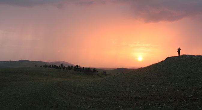 The weather in Khakassia is changeable. But almost every evening ends in a fiery sunset. Source: Lisa Levitskaya