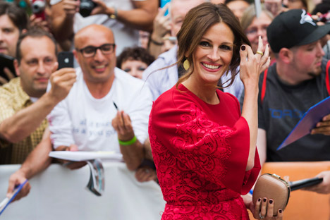 Julia Roberts in a red Dolce & Gabbana dress. Source: Reuters