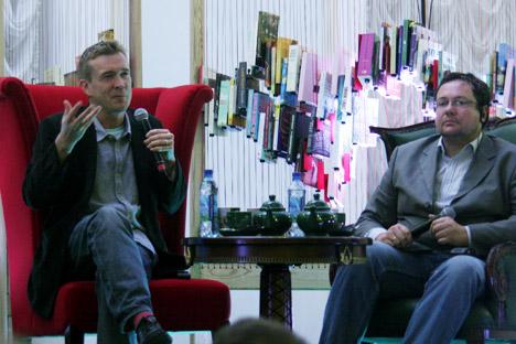 David Mitchell (L) and Alexander Ilichevsky(R) in Moscow. Source: Alexandra Guzeva