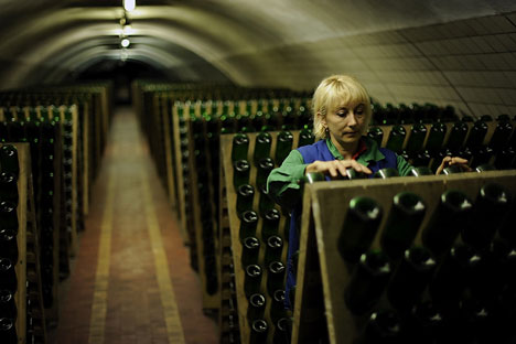 "Russian winemakers believe that wine from natural grapes might contribute to ""de-alcoholization of society,"" if it can crowd out the stronger drinks. Source: Mikhail Mordasov"