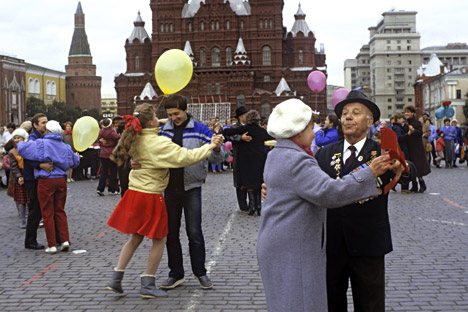 Os russos tendem a ser muito nostálgicos e adoram guardar um monte de tralha para lembrar dos momentos do passado Foto: Vladímir Viátkin/RIA Nóvosti