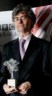 Nikolai Gorshkov mendapatkan BBC Global News Reith Award atas laporan beritanya tentang perang antara Rusia dan Georgia pada Agustus 2008. Sumber: Arsip pribadi.
