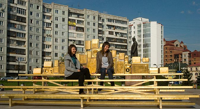 American artist Rachel Owens appears with her installation at the 10th Krasnoyarsk Museum Biennial. Source: Press Photo