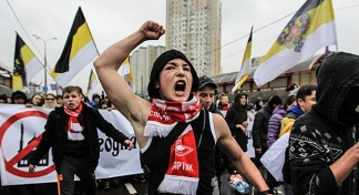 Thousands join in nationalist marches across Russia