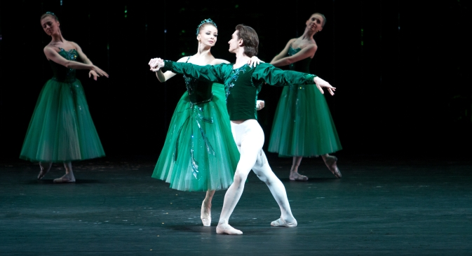 """Jewels"" is a ballet by George Balanchine in three parts – ""Emeralds"", ""Rubies"", and ""Diamonds."" Source: Press Photo"