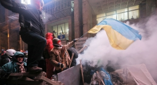 A divided Ukraine: Between Russia and the EU