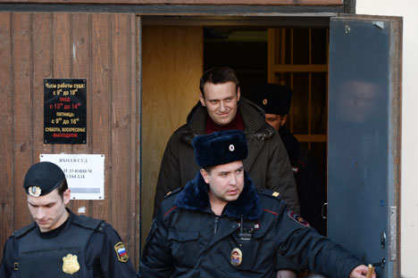 Experts: Bolotnaya sentences lenient