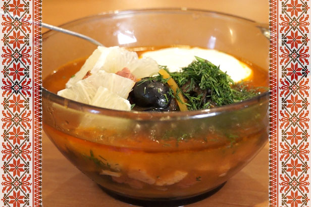 Delicious Russia: Solyanka, thick and spicy soup for the cold winter