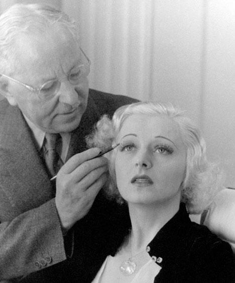 """Max Factor, """"o pai dos cosméticos modernos"""", fundador da marca gigante entre os cosméticos, também tem as suas origens no Império Russo. Foto: Getty Images / Fotobank"""