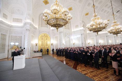 Sobre as alegações de suposta invasão e agressão, o presidente garantiu que apenas  reforçou o contingente local, sem exceder o número máximo de tropas Foto: Konstantin Zavrájin/RG