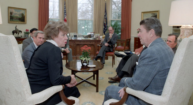 Massie's first meeting with President Reagan in the Oval Office. Source: Courtesy of The Reagan Library