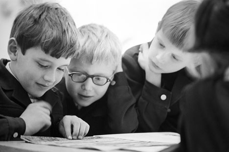 Soviet children's literature: The struggle between ideology and creativity