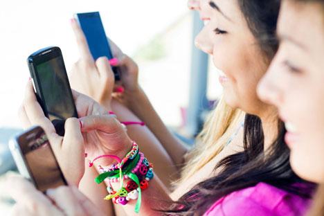 Russen kommunizieren digital weit mehr als die Deutschen, schreibt Adele. Foto: PhotoXPress