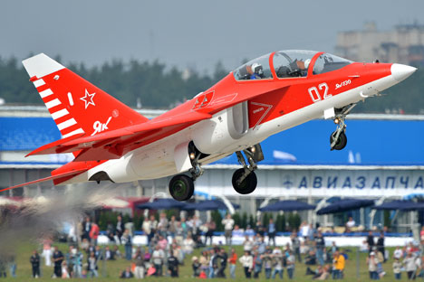 Yak-130 during a demonstration flight at the MAKS-2013 Aviation and Space Salon in Zhukovsky.